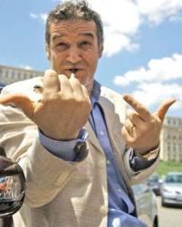 Gigi Becali are de primit 100 de milioane de euro din exproprieri
