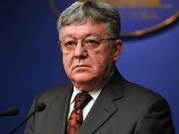 Corneliu Dobriţoiu, fostul ministru al Apărării,condamnat la un an de închisoare cu suspendare