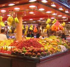 Romanii prefera supermarketurile in detrimentul pietelor