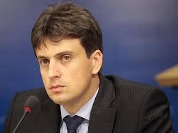 """Eurodeputatul Catalin Ivan a solicitat publicatiei britanice Daily Express incetarea """"cruciadei"""" impotriva migrarii romanilor si bulgarilor in Marea Britanie"""