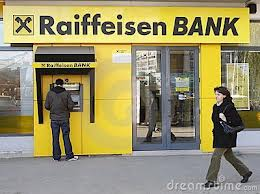 Raiffeisen Bank a pierdut un proces pe clauze abuzive