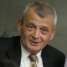 Arest la domiciliu pentru primarul suspendat al Capitalei, Sorin Oprescu