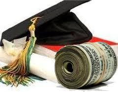 Tot mai multi tineri aleg studiile universitare din strainatate. Vezi ce taxe practica universitatile din Europa