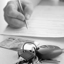 UNTRR: ASF ar trebui sa atentioneze soferii sa incheie polite RCA numai la societatile de asigurare solvabile