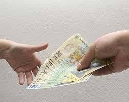 Salariul mediu net a crescut in luna iulie la 1.719 lei