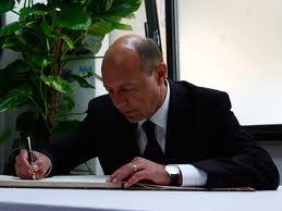 Lege pentru simplificarea exproprierii pentru proiecte de interes national, promulgata de presedintele Traian Basescu