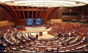 Comisia de la Venetia sesizeaza lipsa de respect intre reprezentantii institutiilor de stat din Romania