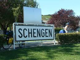 Comisia Europeana: Romania si Bulgaria indeplinesc conditiile pentru admiterea in Spatiul Schengen