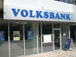 PwC: Comisionul de risc perceput clientilor Volksbank Romania care au luat credite ipotecare are justificare economica si legala