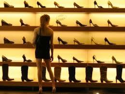 Investiţie de 250.000 euro în cel mai nou magazin de pantofi de lux din Bucureşti