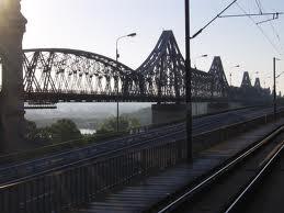 Soferii vor fi scutiti de plata taxei de pod de la Fetesti in zilele de 30 aprilie, 1 mai si 4 mai