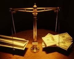 Balanta cu acte si bani
