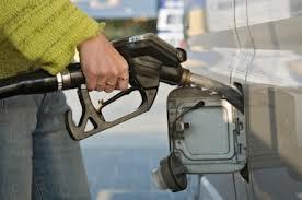Benzina cea de toate zilele… Cat cheltuim pe ea?