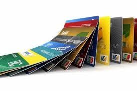 Romanii primesc carduri de cumparaturi fara sa le solicite