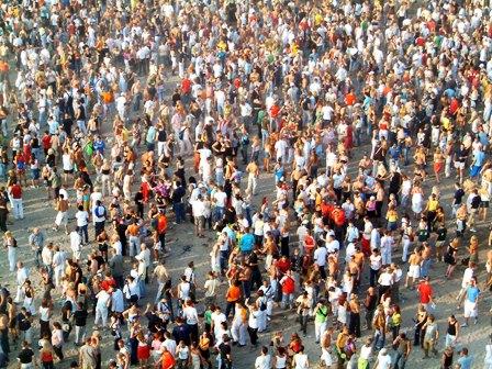 Raport INS: Populatia Romaniei a scazut sub 20 de milioane de locuitori