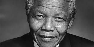 """Fostul presedinte sud-african Nelson Mandela – in stare """"critica"""" la spital"""