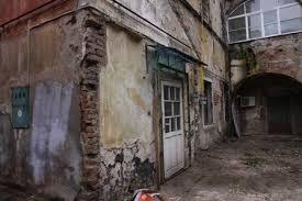 Imobilele aflate in paragina ar putea fi transferate catre autoritatile locale