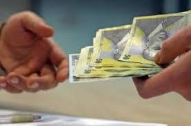 Legea privind limitarea platilor in numerar intra in vigoare pe 9 mai 2015