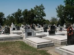 Legea Cimitirelor, Crematoriilor si Serviciilor Funerare prevede sanctiuni pentru cei care nu isi ingrijesc locul de veci
