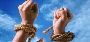 Prizonieri ai situatiilor conflictuale