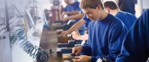 Invatamantul dual va fi organizat incepand cu anul scolar 2015-2016