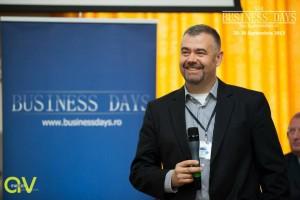 """Softiştii de la AROBS văd o creştere de 25% a afacerilor: """"România rămâne atrăgătoare pentru outsourcing"""""""