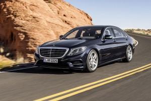 Mercedes vrea să detroneze rivalul german şi să devină lider pe segmentul de lux