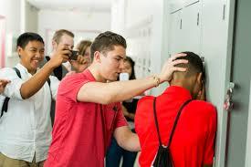 """Organizaţia Salvaţi Copiii:  Concurs de proiecte împotriva bullying-ului, """"Fără ură, cu toleranţă"""""""