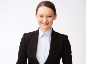 """Nina Bratfalean promoveaza bestiile de la BMW:""""""""Port cu mine mereu cheile de la maşină."""""""